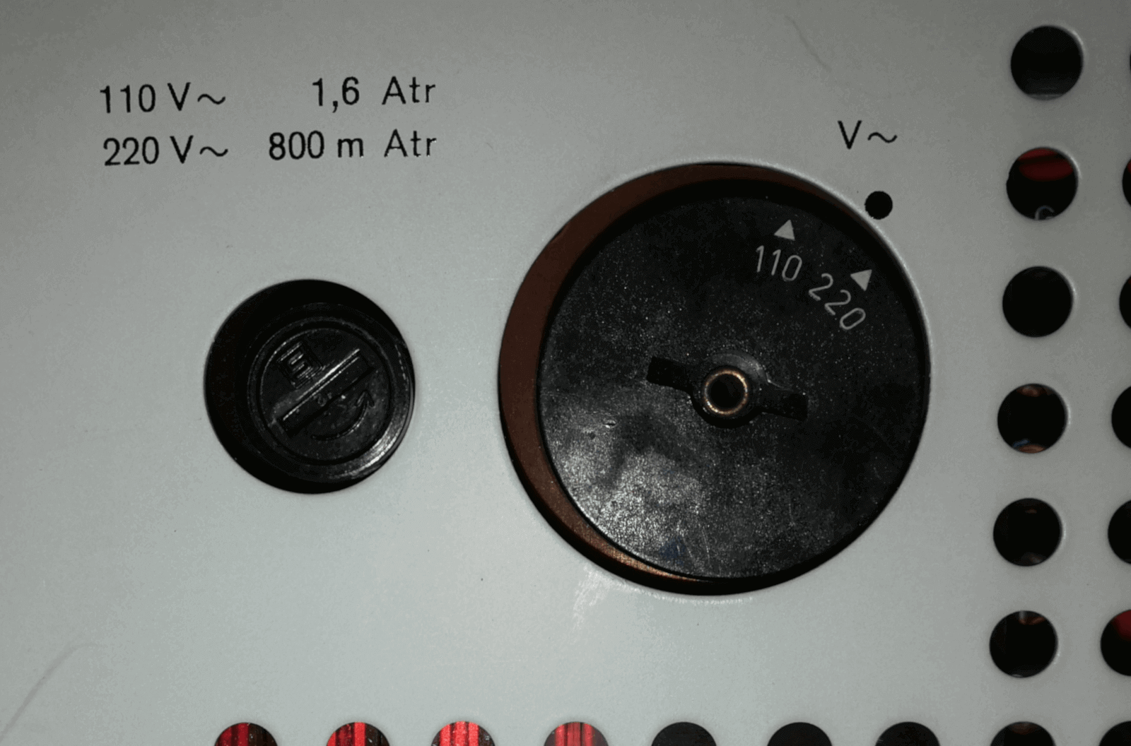 Braun audio 310 Voltumschalter und Sicherung