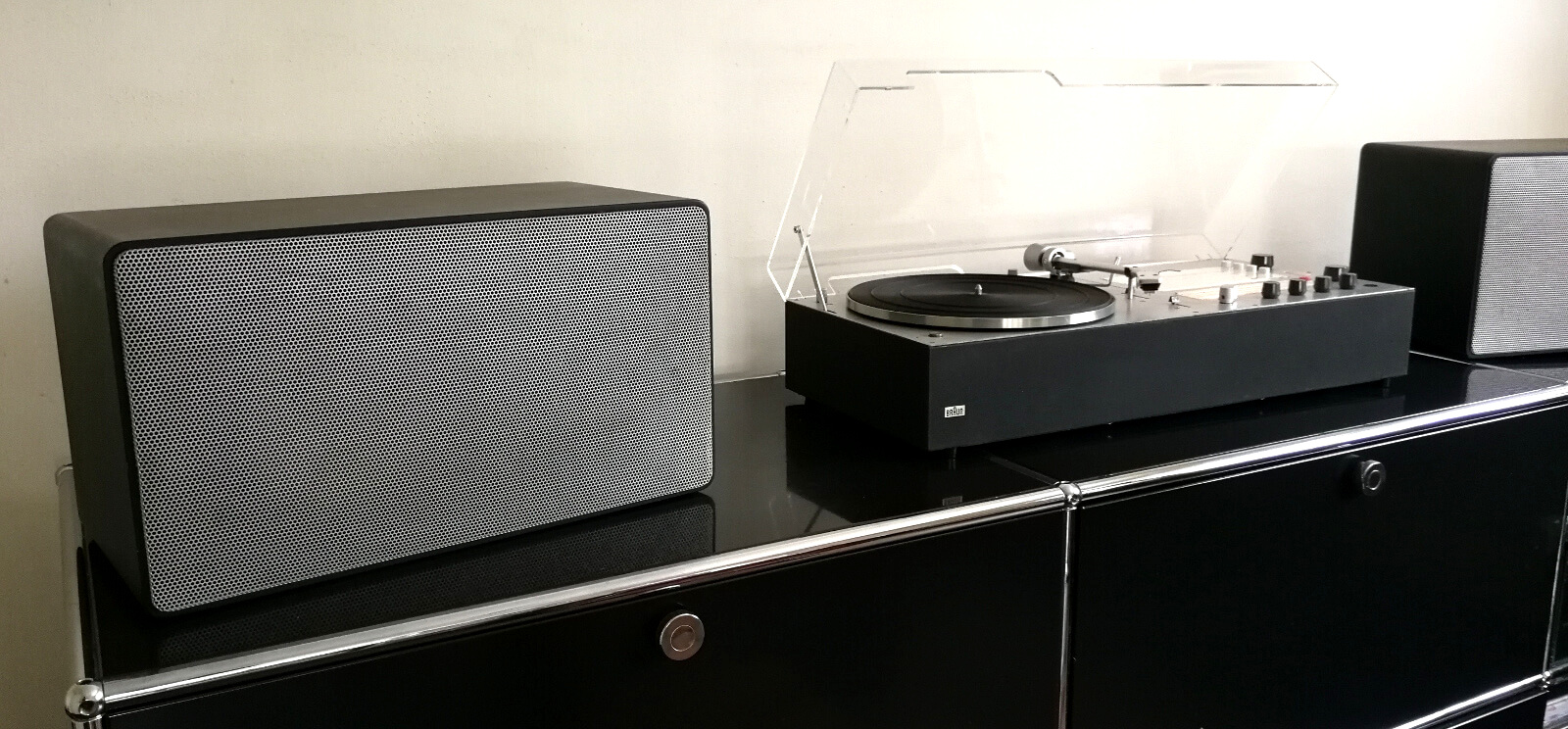 vintage braun audio 310 anthracite with L500 speakers black