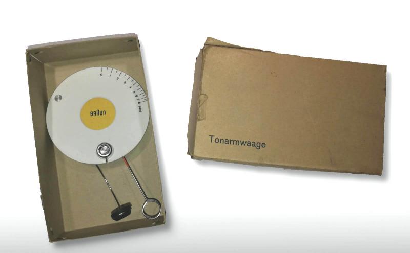 Braun Tonarmwaage mit Origiinalverpackung Design Dieter Rams