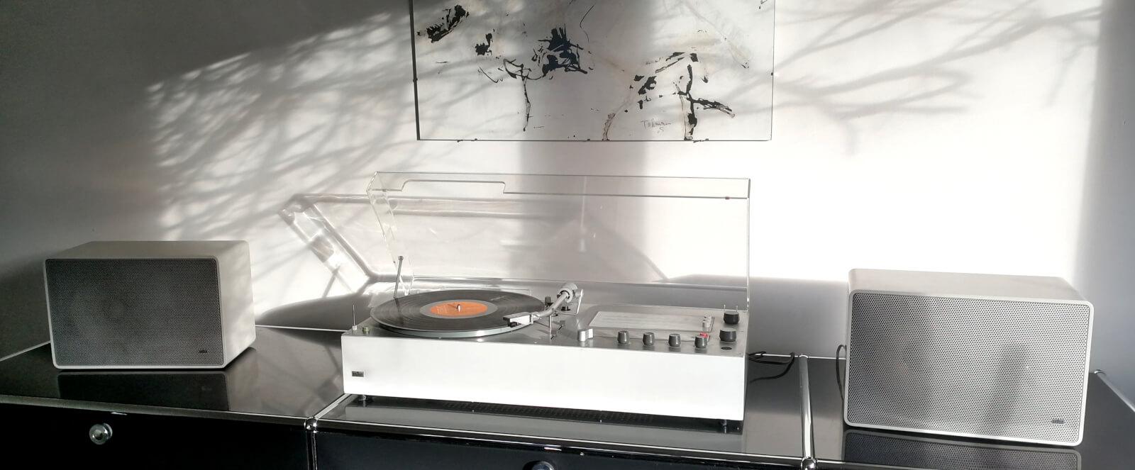 braun audio 310 white & L 420 white
